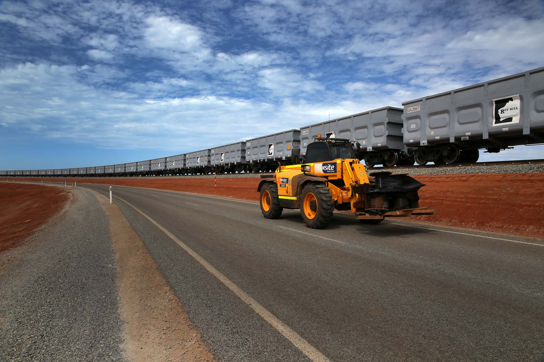 Roy-Hill-Mine-Port-Hedland-ore-train